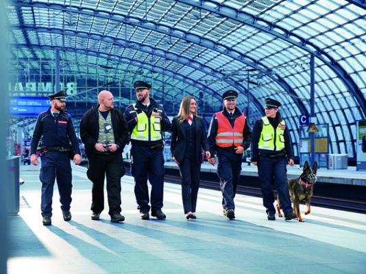 Schäferhund Ira für Deutsche Bahn
