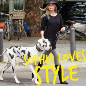 Sophia Thomallas gorgeous companion